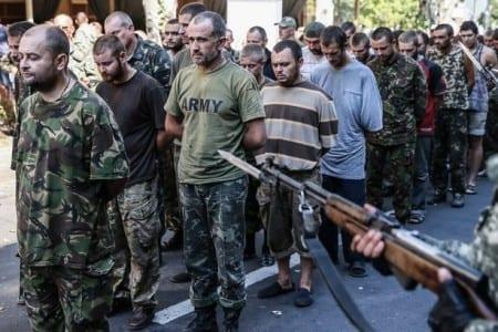 Пограбування, арешти, викрадення – головні небезпеки для мешканців Донбасу після обстрілів